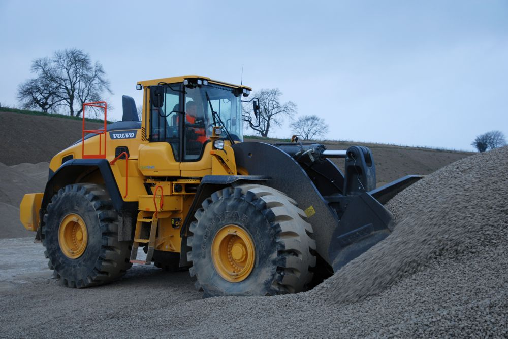 Lightwater Quarries upgrades to Volvo L260H