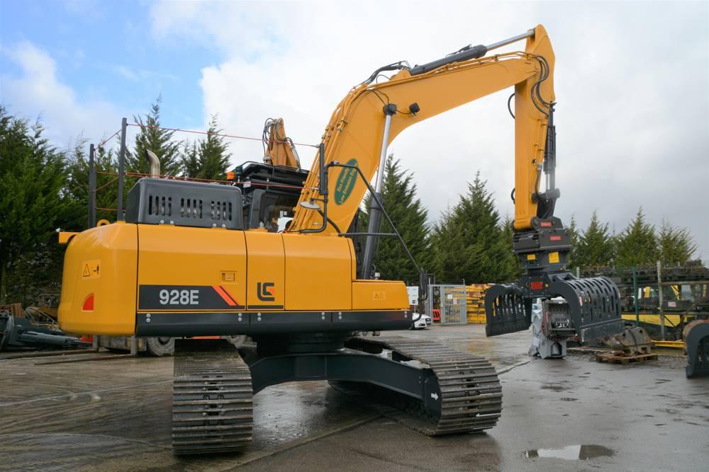 LiuGong 928E at Bagnall Demolition
