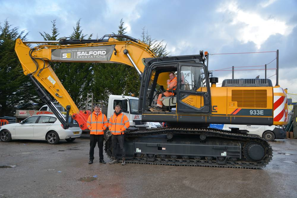 Liugong looks North with a new depot in Manchester England