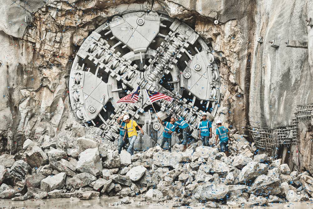 Tunnel Boring Machines on the way to build Australia's West Gate Tunnel