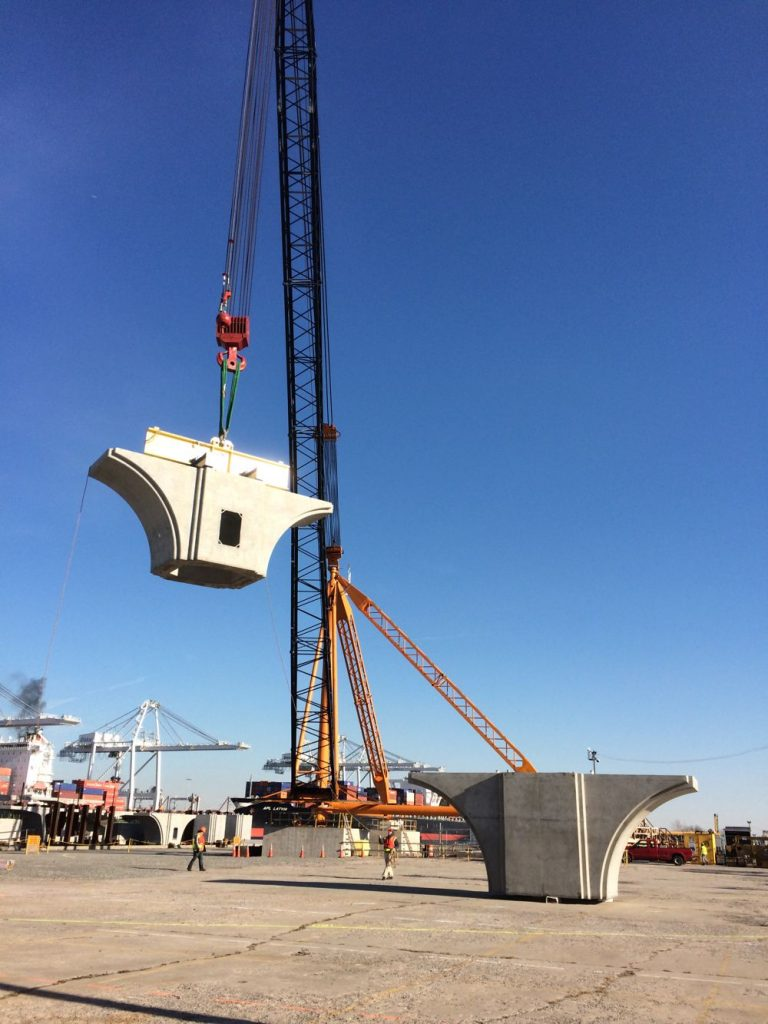 An American Cranes S-60 lifts pre-cast concrete bridge segments at the Bayonne Bridge project in New York.