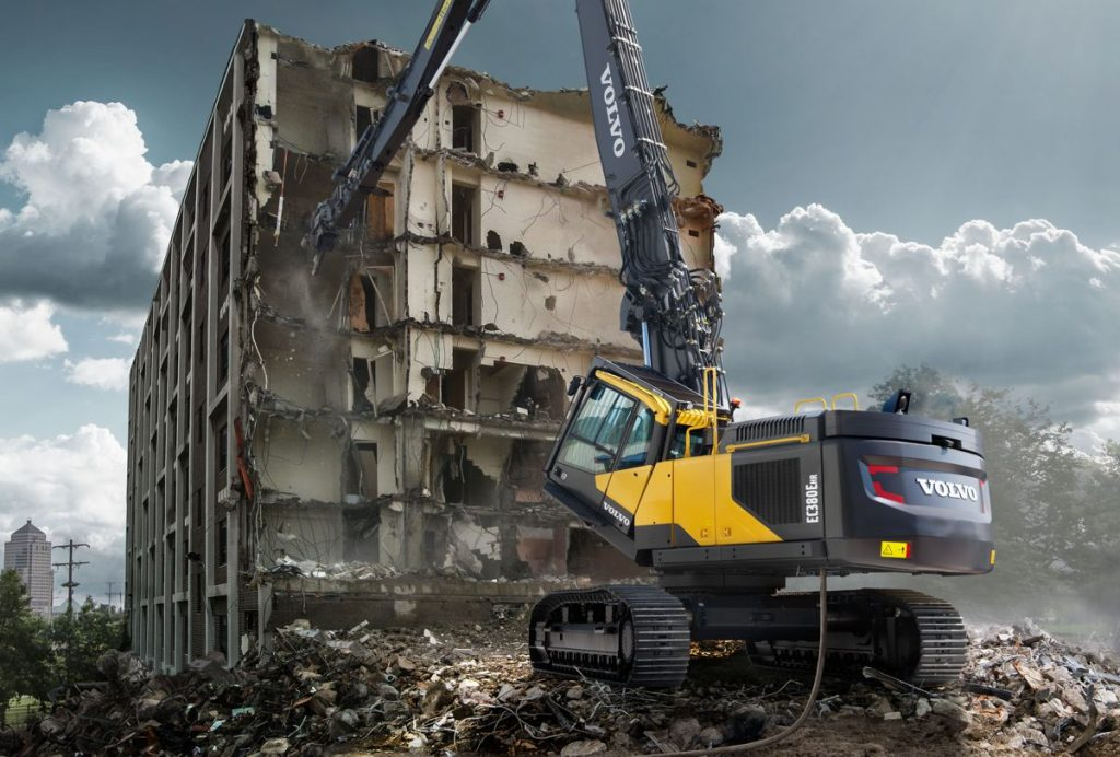 Volvo extends lifetime warranty to cover demolition and wheeled excavators