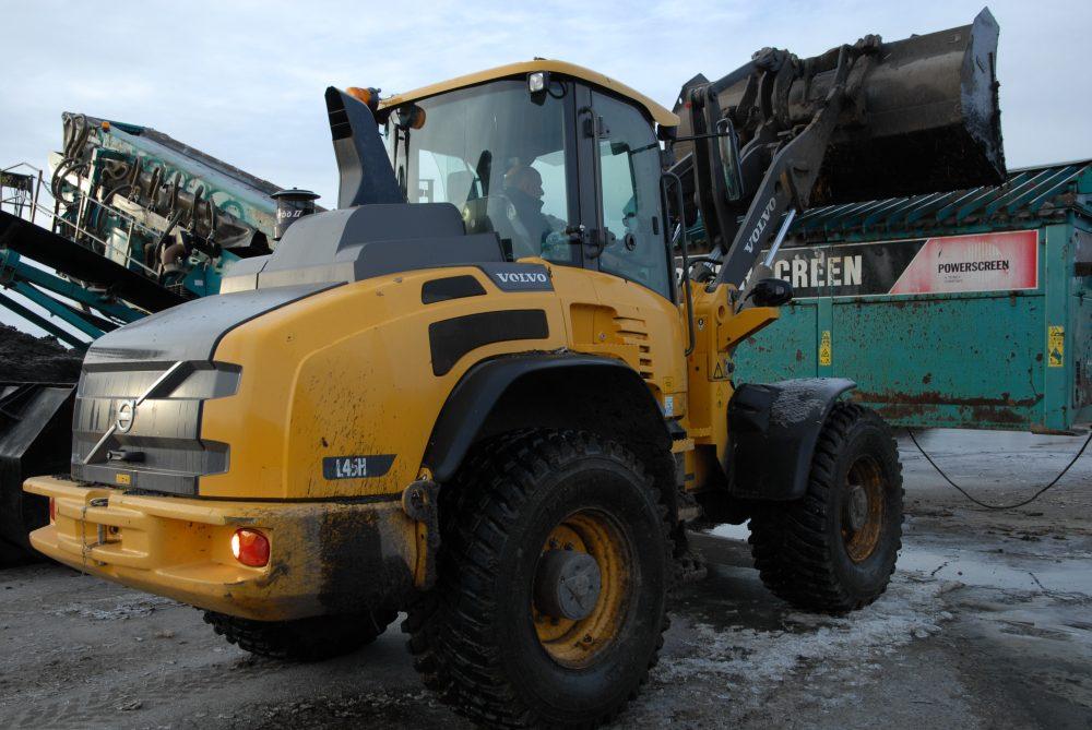 Gwrtaith Gwynedd's Volvo's Loading Shovel is spot on