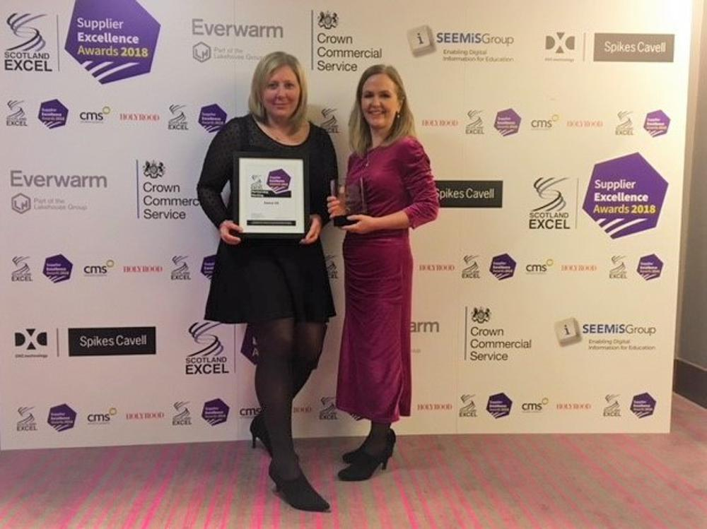Keri Stewart, Project Director at Sweco receiving the Scotland Excel Award
