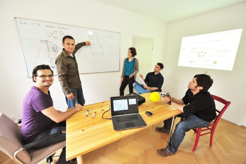 Philipp Sinn and the cofounders of his startup (Martin Bednarz, Rike Brand and Tristan Jochner)