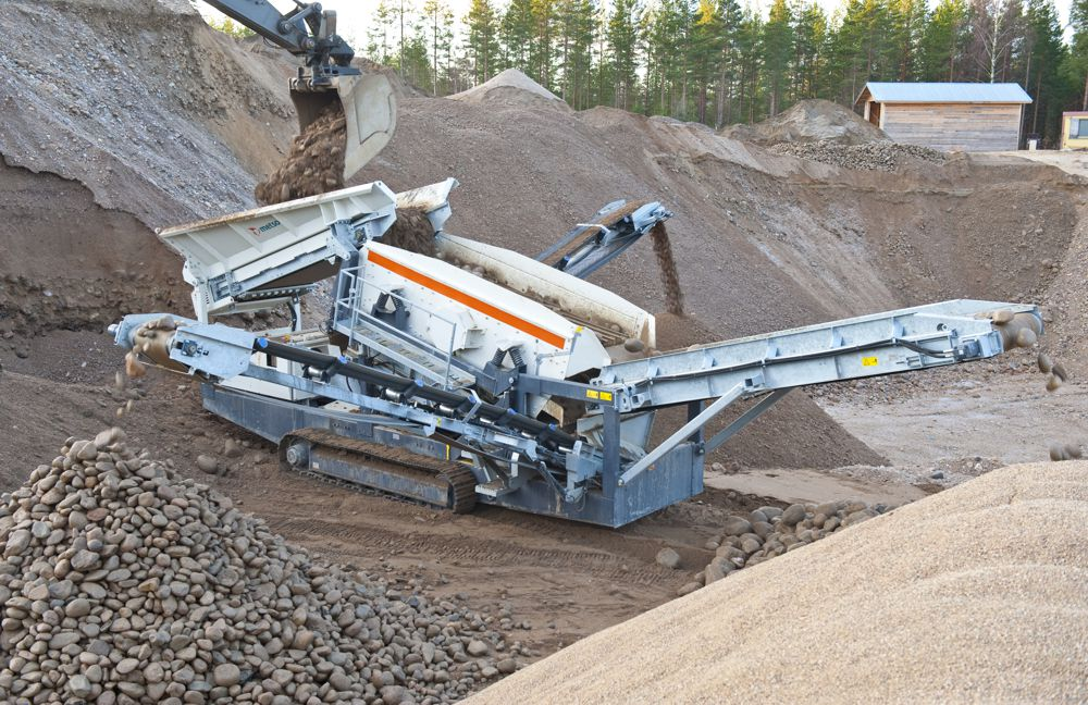 The ST2.4 combines high capacity with clean, accurate end products from all feed materials. The unit also offers the lowest cost per tonne produced in its size class through improved fuel economy, high capacity and low operating costs.