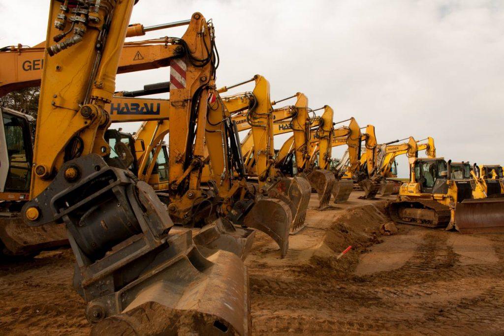 Construction Machinery - Photo by Wolfgang Maslo
