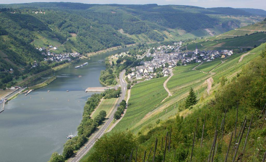 Harfenmühle - Photo by TijsB