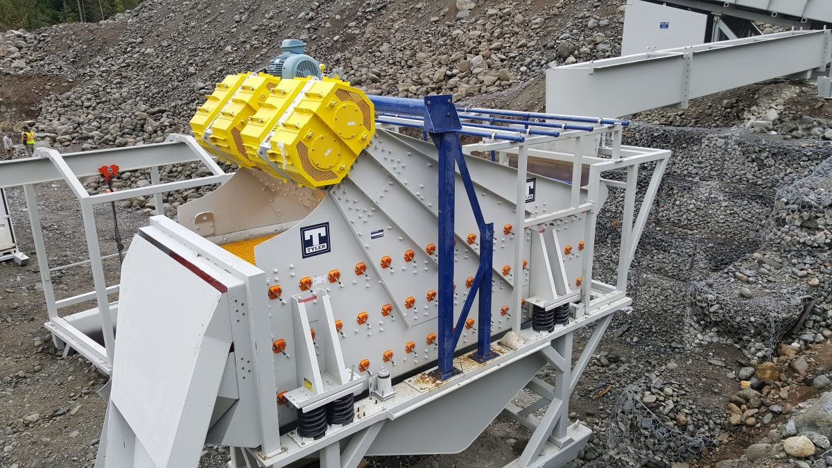 Haver & Boecker developed and now offers three angle-box designs for different vibrating screen setups. This allows producers to benefit from Ty-Rail's time savings during screen media change-outs, even on difficult-to-access areas of a vibrating screen.