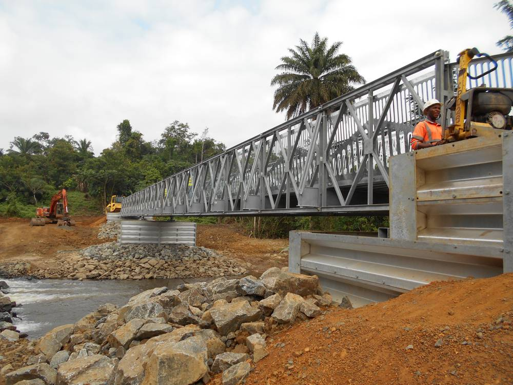 Liberia - Mount Coffee Hydropower Plant - Pedestrian bridge - Smartedge
