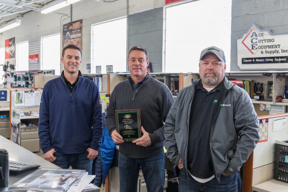 Minnich Manufacturing announces their Top Dealers of 2017