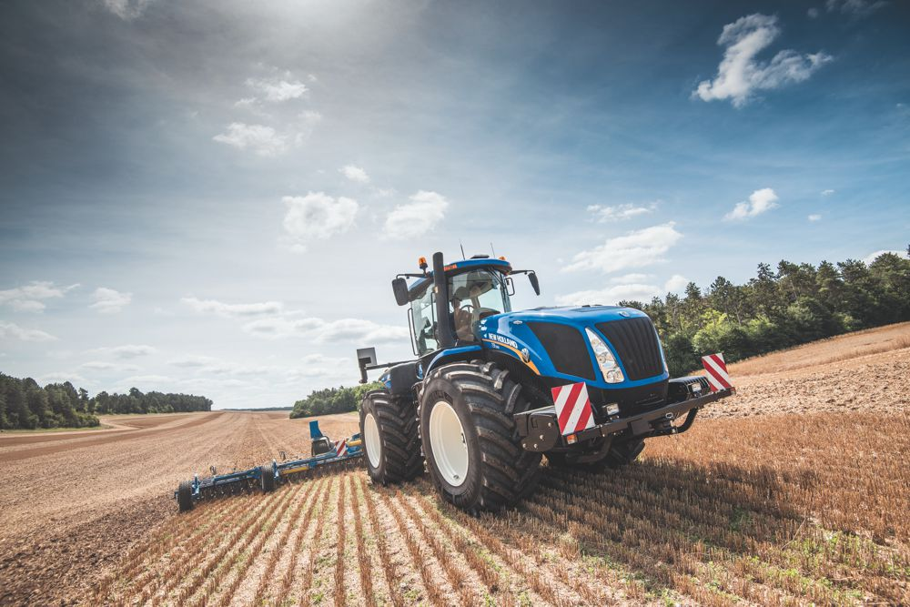New Holland reveals T9 Auto-Command Tractor