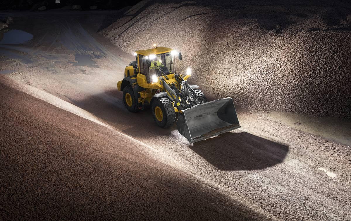 Volvo debuts updated L90H wheel loader at World of Asphalt 2018