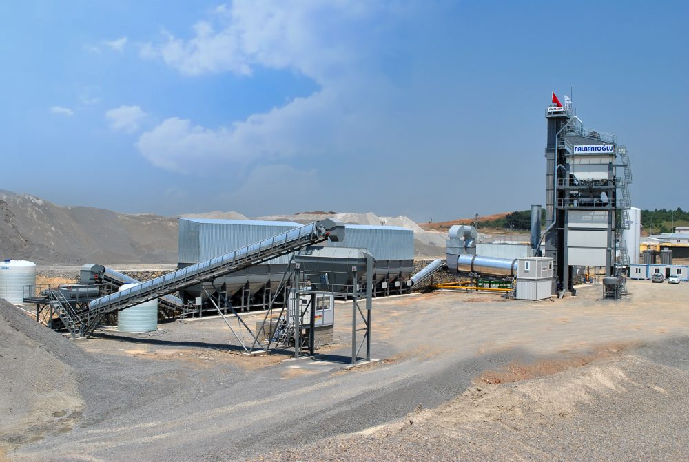 An Ammann asphalt-mixing plant's production and ability to utilise fibres is playing a crucial role in the construction of the Northern Marmara Motorway in Turkey.