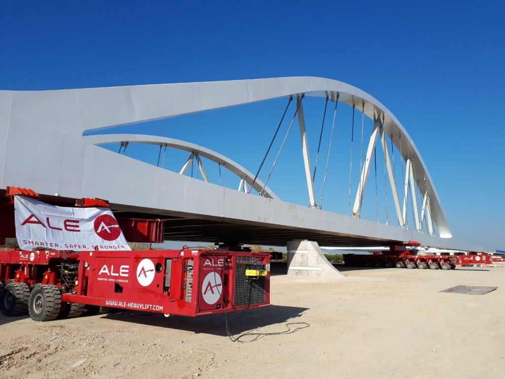 ALE Engineers launch major bridge over highway in Spain