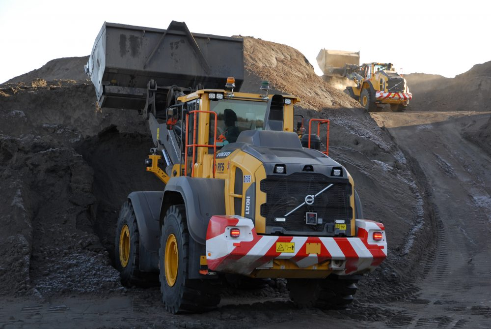 Drax Power Station calls in Volvo Construction Equipment to handle Fly Ash