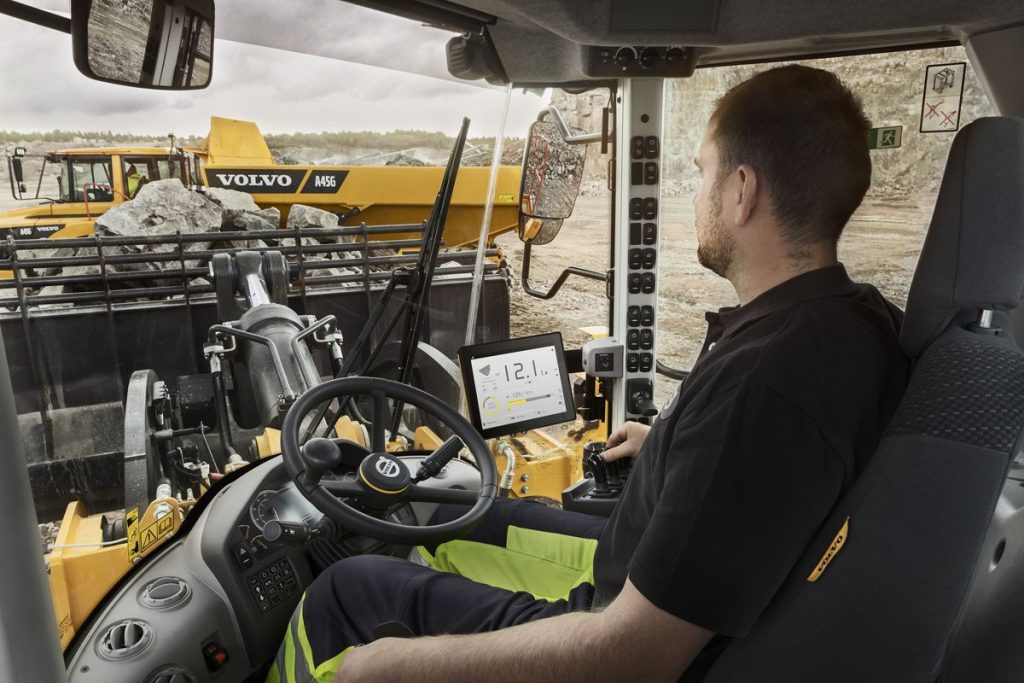 Volvo Assist and Co-Pilot in-cab display unveiled at Intermat 2018
