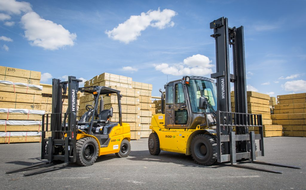Shipping company Scotline gets a lift with 20 new Hyundai Forklifts