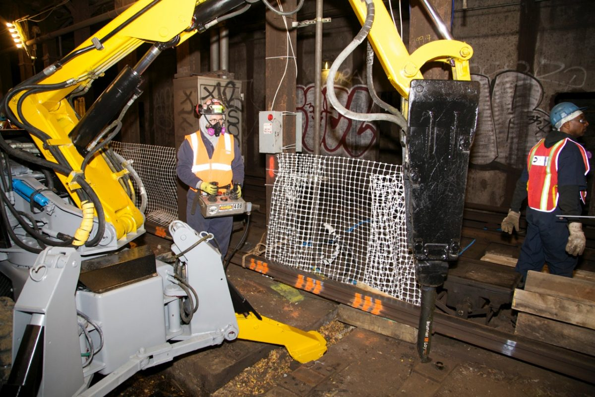 Robots are now being tasked to take on the heavy work. Photo by Metropolitan Transportation