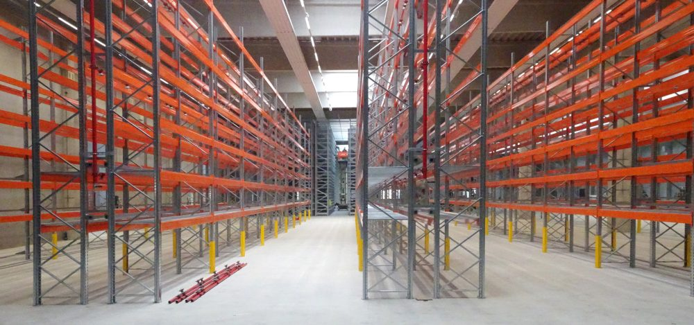 Optimum production conditions: once the expansion work is complete, more than 15,000 parts that HAMM regularly needs for the construction of the rollers will be stored in a central location.