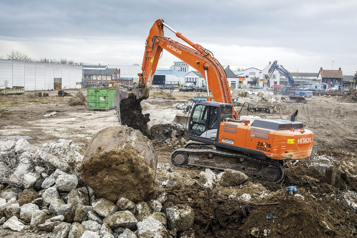 Dutch demolition experts AC Stolwerk Sloopwerken buy first Hitachi Premium Used Excavator