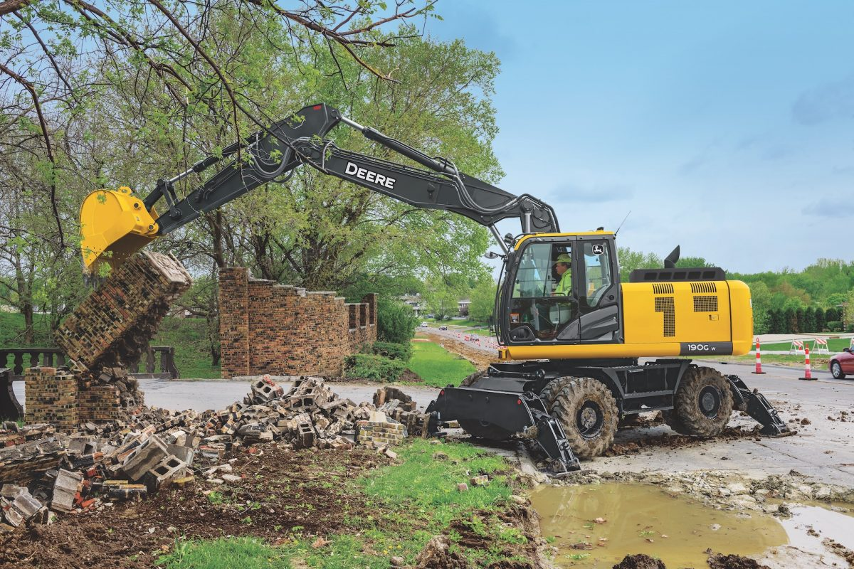 John Deere updates the 190G, theSwiss Army Knife of Wheeled Excavators