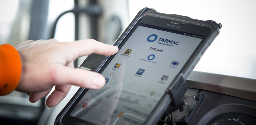 Tarmac deploys the PODFather Logistics Planning and live track-and-trace solution to provide customers with real-time delivery notifications.