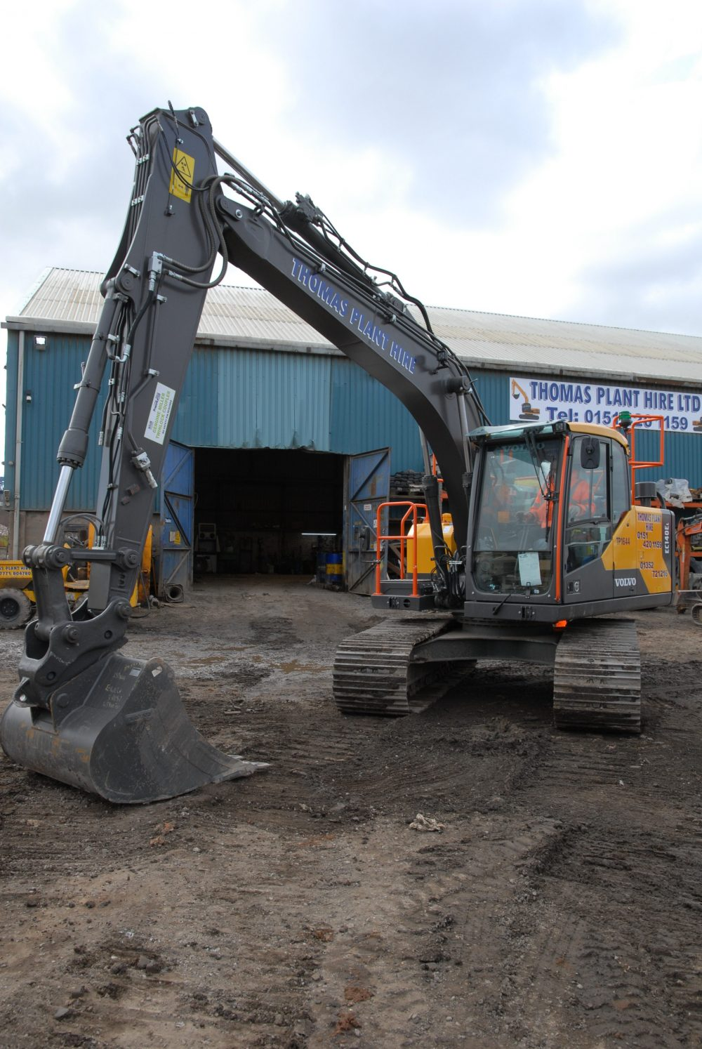Ten shiny new 14 tonne Volvo Excavators for Thomas Plant in Wales