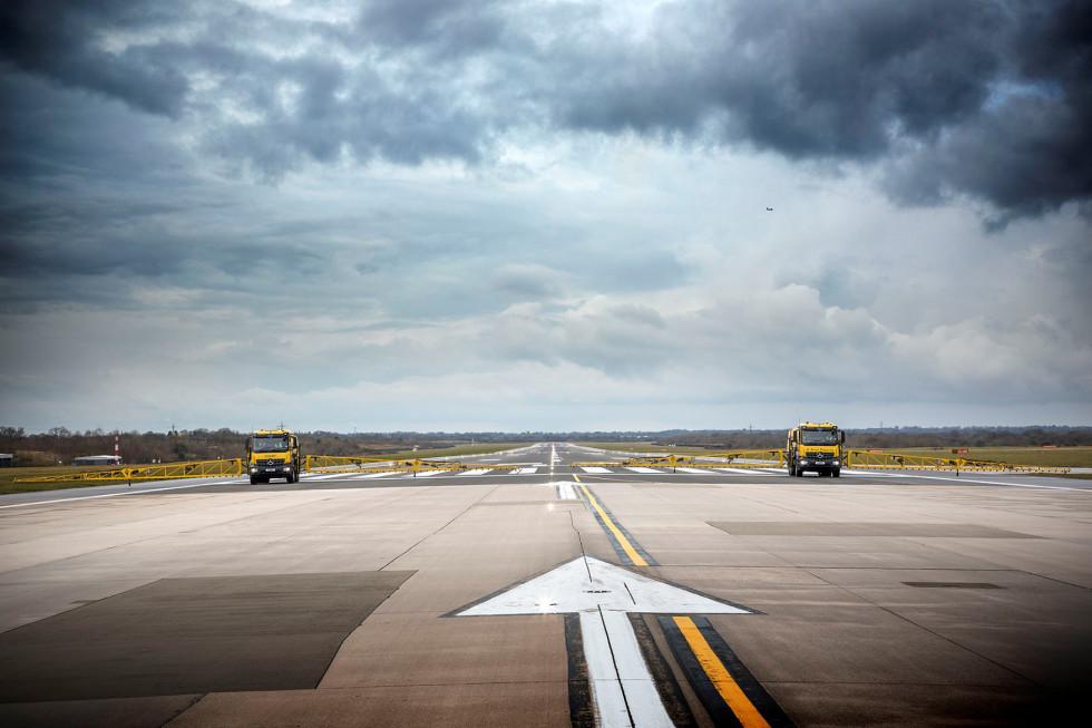 Mercedes-Benz Arocs keep Manchester Airport flying