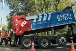 Domino's is so fed up with Potholes, they've started repairing them – Paving for Pizza