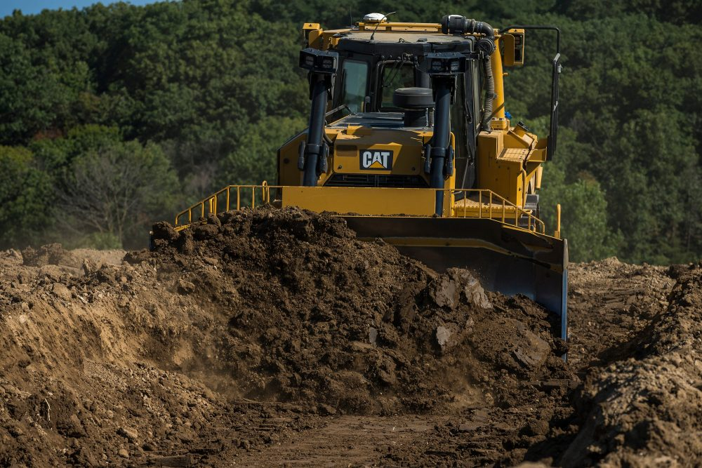 New Cat D8T Dozer delivers on productivity, fuel efficiency, easier operation, and faster payback