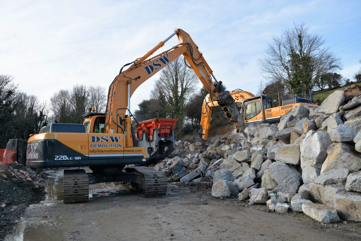 Hyundai help Demolition South West build a new Cornish demolition business
