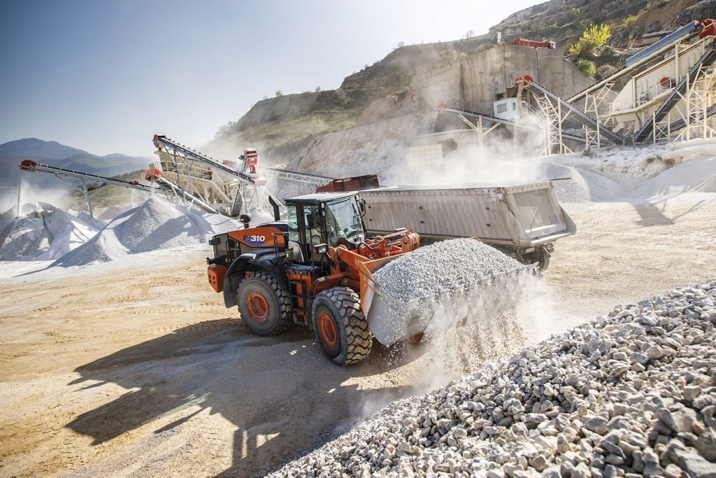 Efficiency of Bulgarian quarry proves value of Hitachi construction machinery