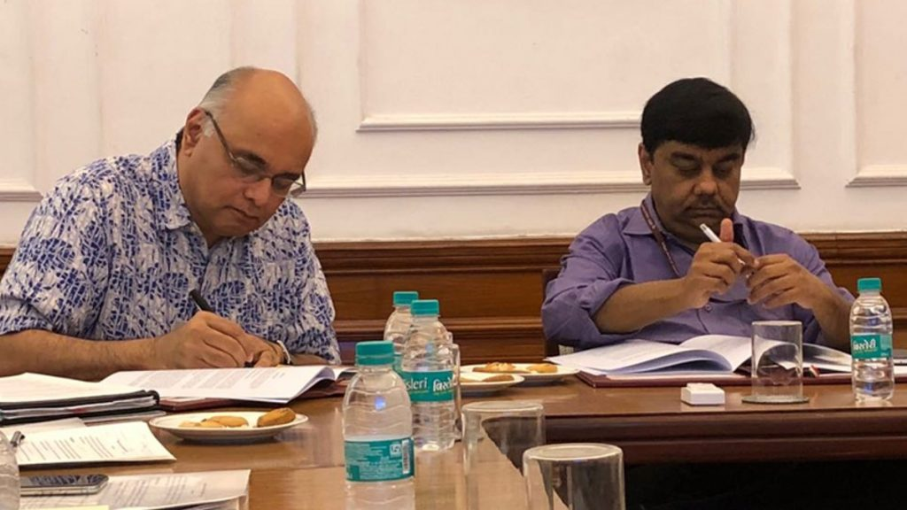 The agreement for the Project was signed by Sameer Kumar Khare (right), Joint Secretary, Department of Economic Affairs, Ministry of Finance, on behalf of the Government of India and Junaid Ahmad (left), Country Director, World Bank India, on behalf of the World Bank.