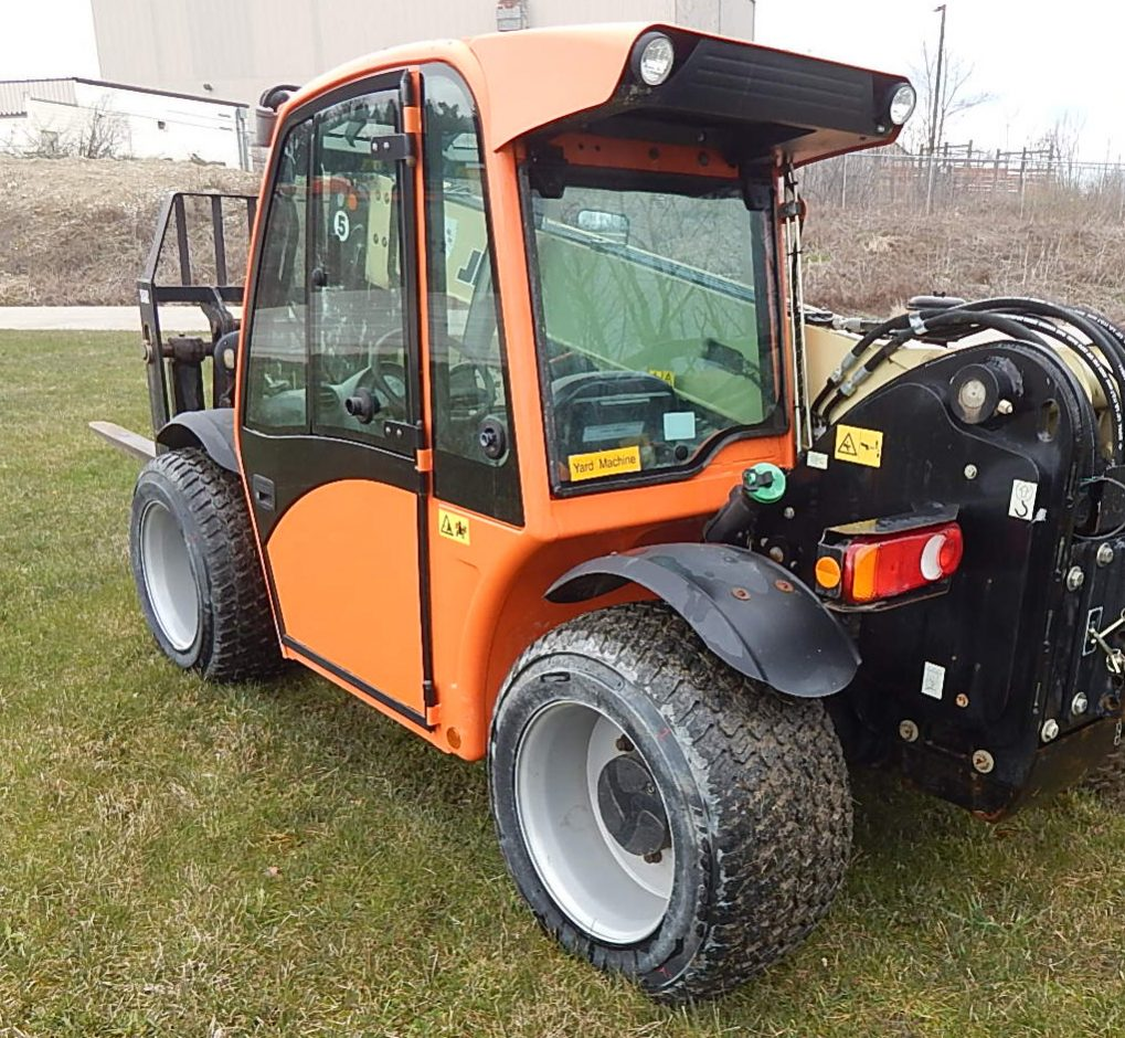 Turf Tyres now available for JLG G5-18A Telehandlers