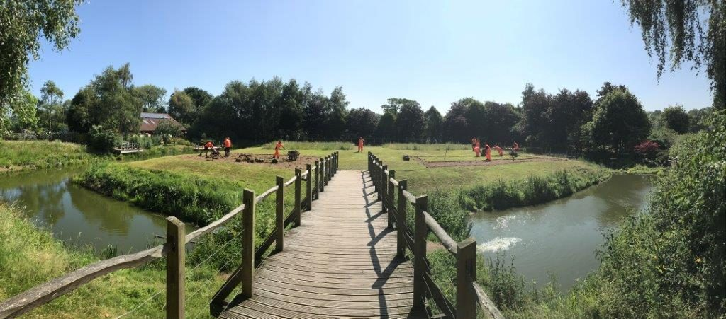 Green fingered railway volunteers support Wolverhampton community project