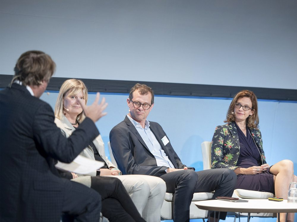 (from left to right) Moderator Dr Paul Toyne, Christina Lindbäck, NCC Group, Mats Landén, WWF Sweden, and Terri Wills, WorldGBC at the Construction Climate Challenge summit