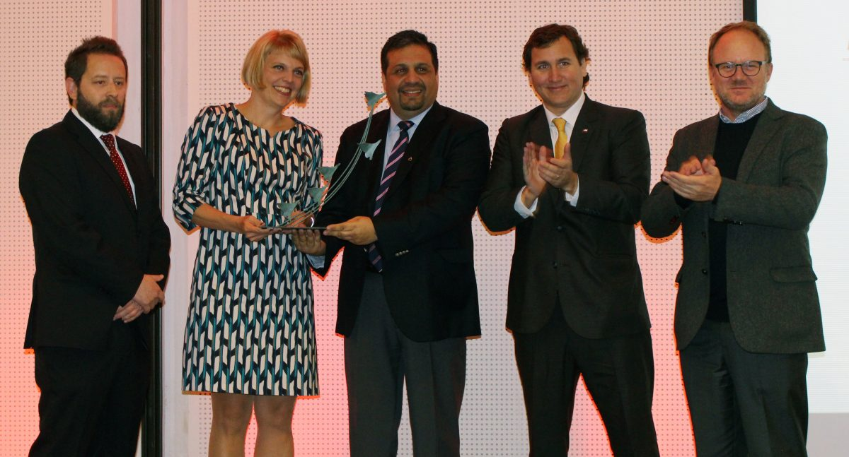 Cristian Mansilla, General Manager Phibrand; Eeva Sipilä, Interim CEO and CFO of Metso; Eduardo Nilo, SVP Pacific Rim and General Manager Metso Chile; Pablo Terrazas, Mining Vice Secretary of Chilean Republic and Mauro Valdés, President Alta Ley Program at the award ceremony.