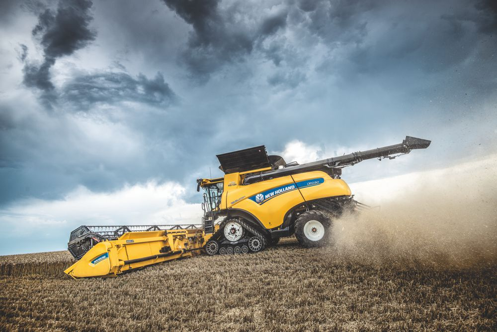 New Holland CR Revelation Combines takes automation to a new level