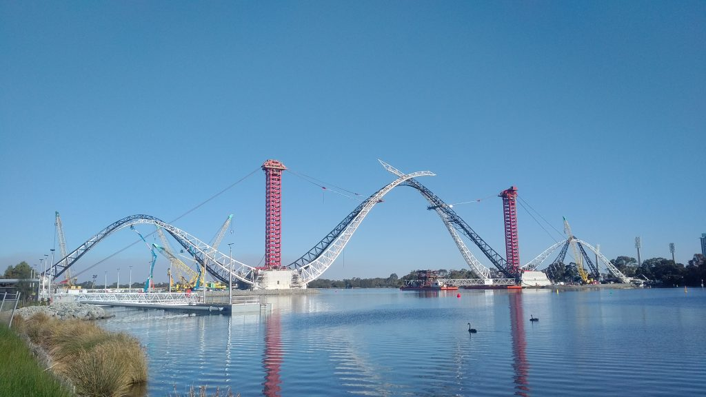 ALE uses innovative Mega Jack to install Perth Bridge