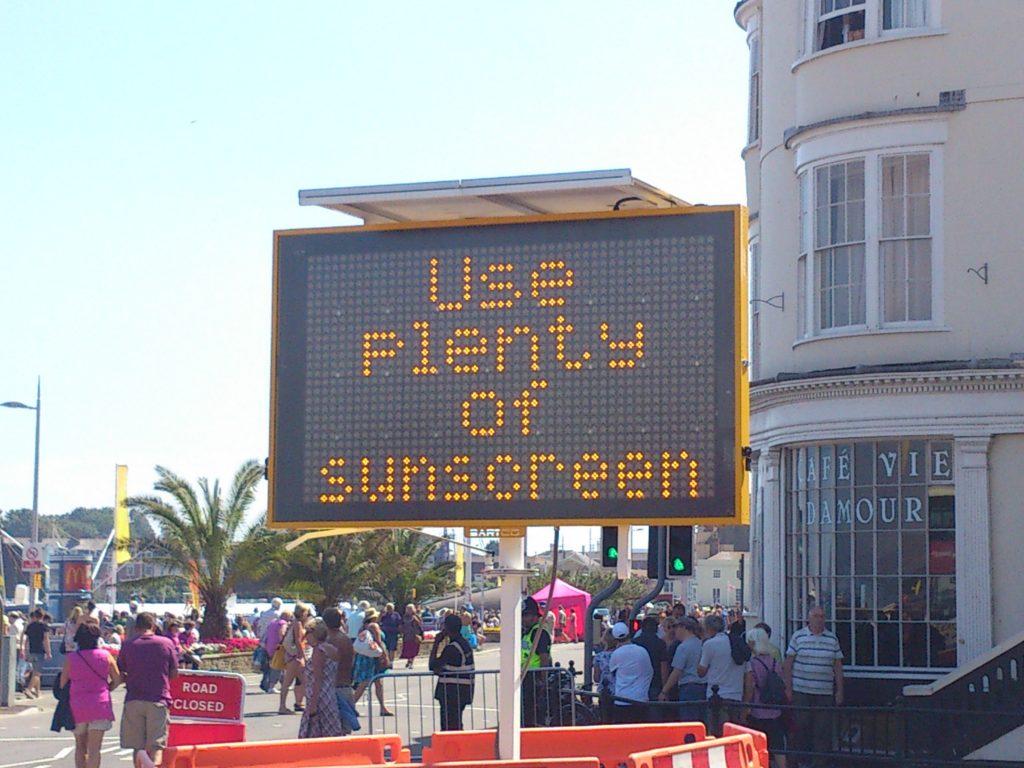 Use Sunscreen VMS Sign - Photo by Alex Liivet