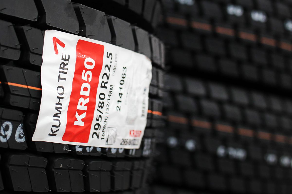 From hereon, R H Claydon will carry the entire range of Kumho's medium and heavy truck tyre products