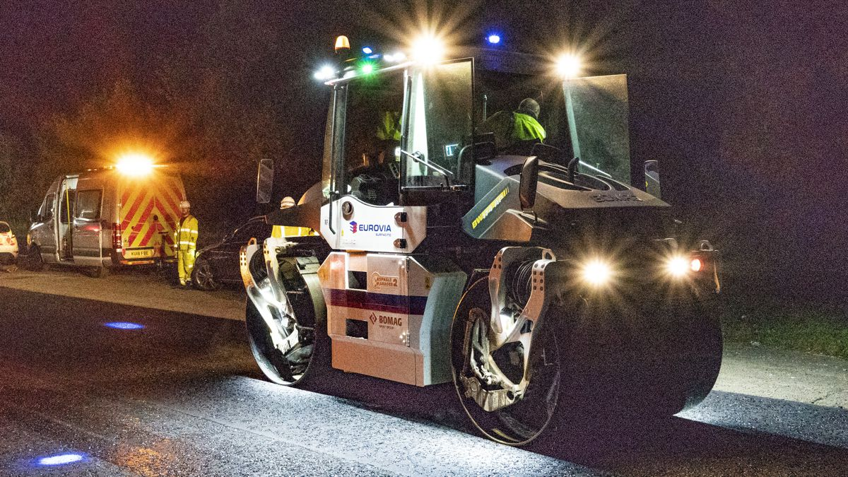 Eurovia paves the future with automated surfacing