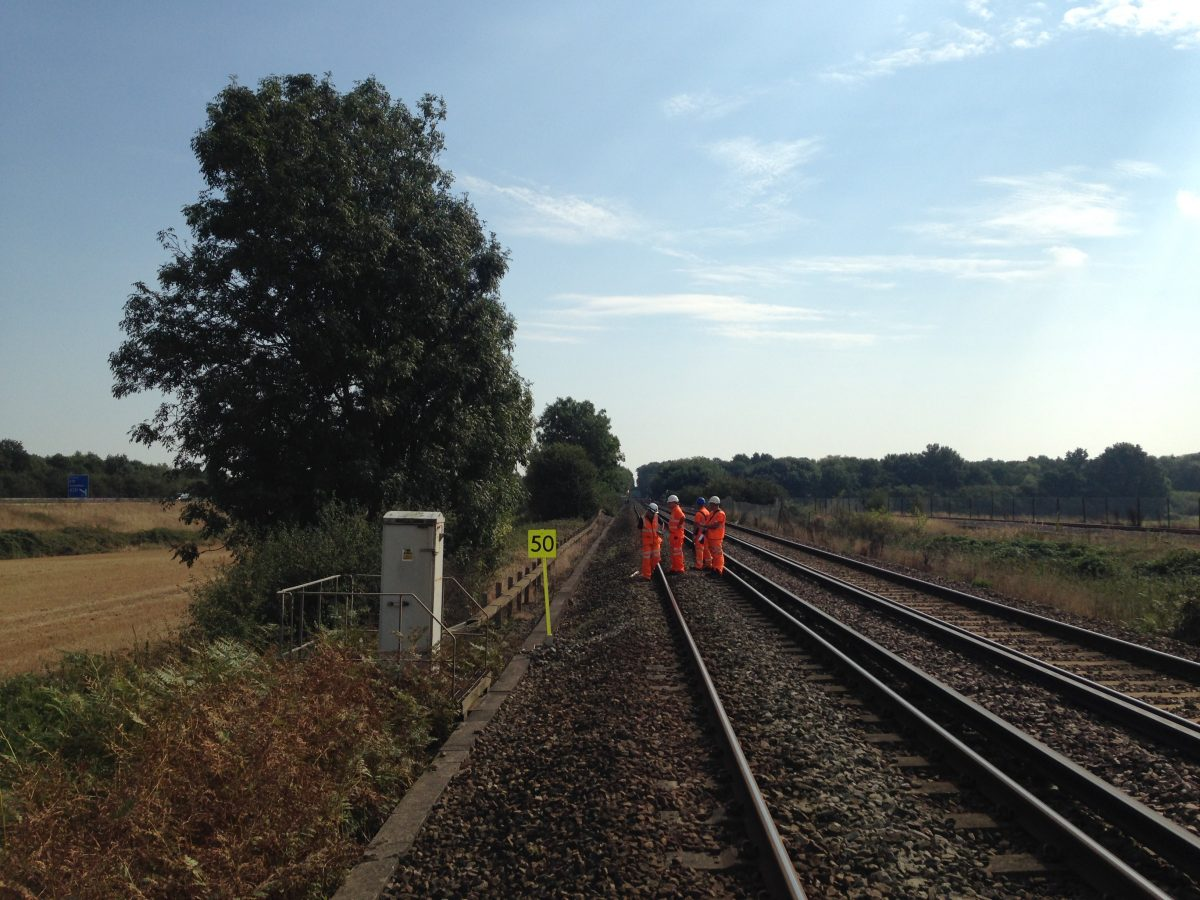 Network Rail workers fight back against track defects caused by UK hottest summer
