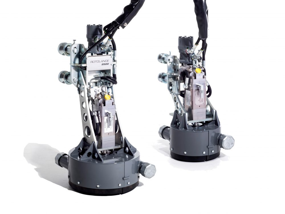 The powerful Rotolance tool, from Aquajet Systems AB, works in conjunction with the Aqua Cutter 710 hydrodemolition robot as well as the Aqua Spine and Aqua Frame to deliver water pressures in excess of 36,000 psi through a specially designed pattern of nozzles.