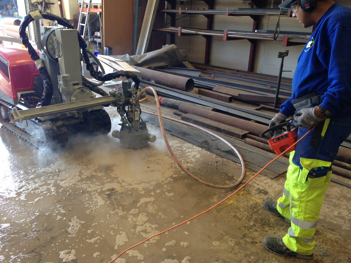 Concrete roughed up by Aquajet Systems Rotolance Hydrodemolition attachments