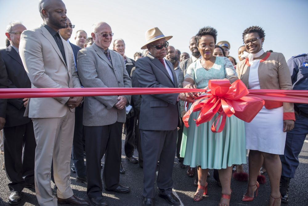 The iconic Mount Edgecombe Interchange was officially opened today by Minister of Transport Blade Nzimande