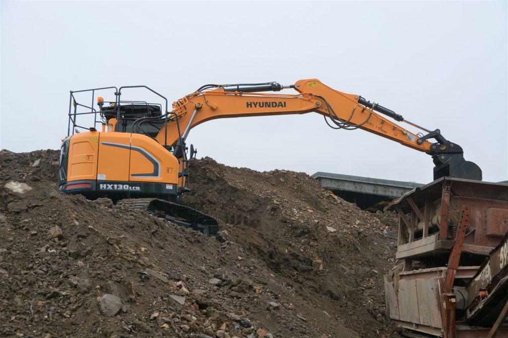 Ernest Doe and Sons expand Hyundai territory in Southern England