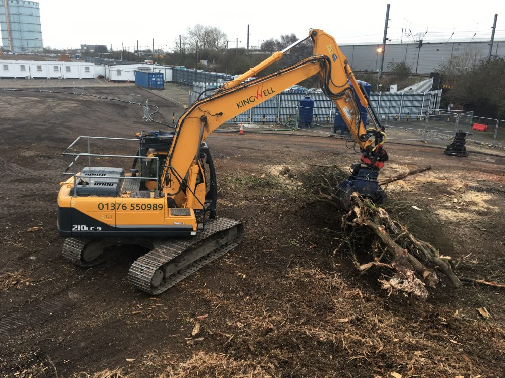 Hyundai excavators not stumped by thriving forestry business