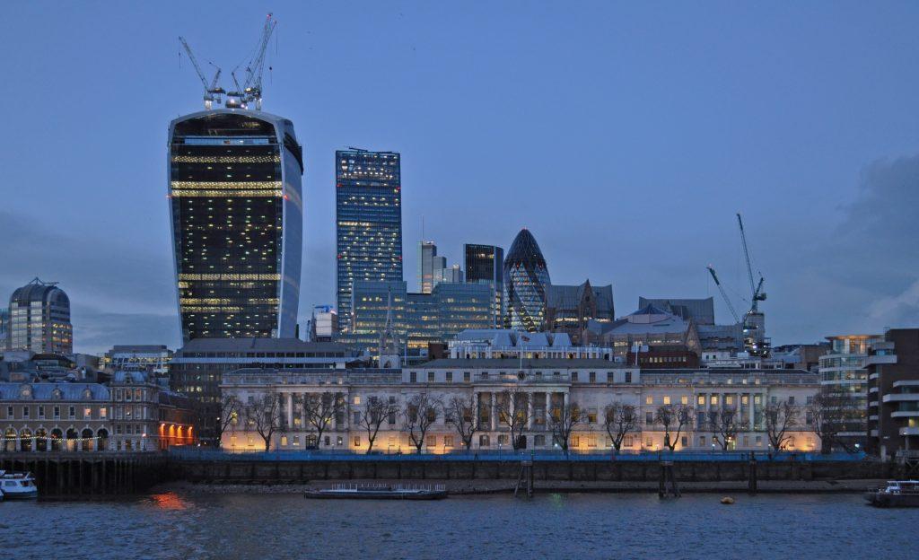 London - Photo by Harshil Shah